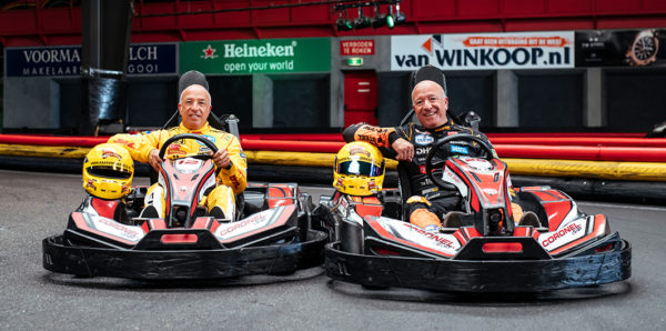 Tim en Tom Coronel Karten in Huizen